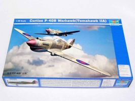 обзорное фото Curtiss P-40B Warhawk Самолеты 1/48